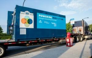 Battery installation on 5.27.16—Shedd Aquarium photo