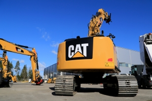 Caterpillar forklifts on the lot.—Shutterstock photo